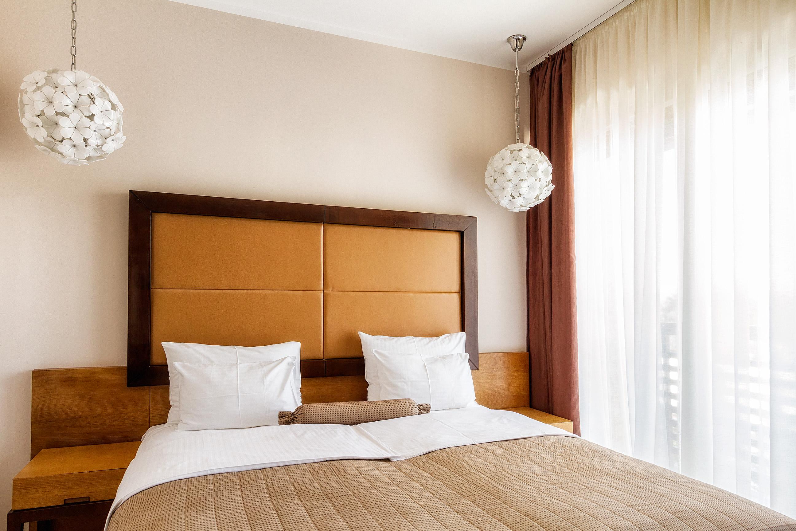 Zlatibor, smestaj, letnji odmor, spavanje, pansion, spa, soba, apartman, akcija, nova godina, hotel mir 14