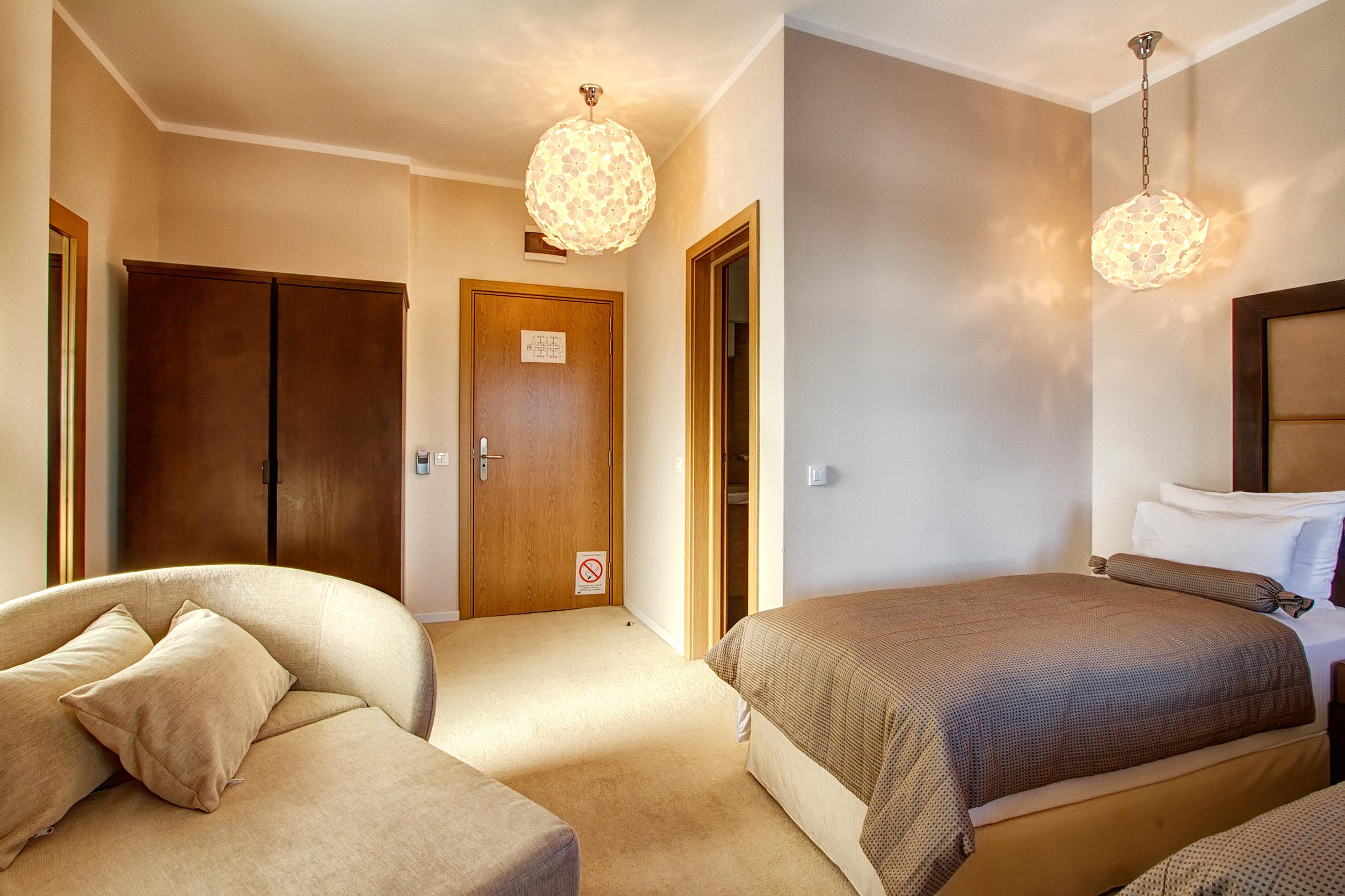 Zlatibor, smestaj, letnji odmor, spavanje, pansion, spa, soba, apartman, akcija, nova godina, hotel mir 25